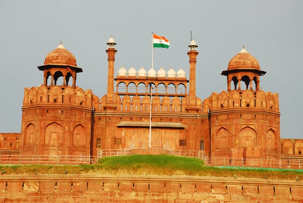 Historical Place in Delhi - Red Fort