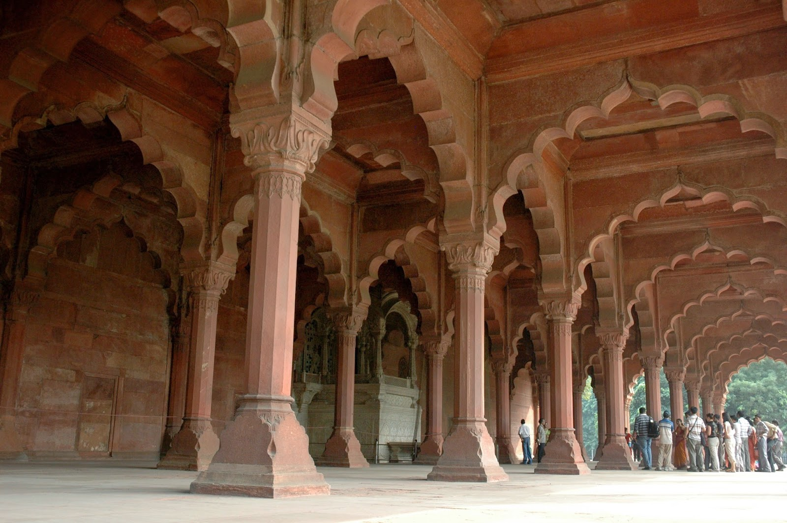 Historical Place in Delhi - Red Fort Photogallery