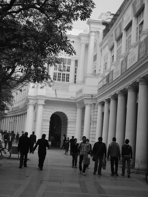 The Collonaded walkway in the inner circle- Connaught Place or CP